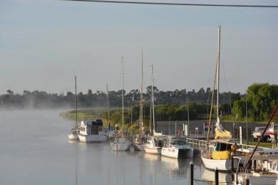 Danuta was up early to catch this lovely shot of our cruising boats